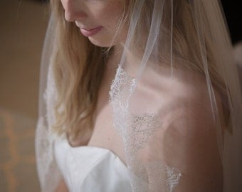 Fingertip lace veil Chantilly lace wedding veil Custom lace veil