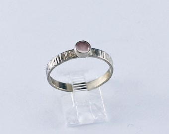 Size 9.75 Ring Handcrafted Sterling Silver and Rose Quartz Natural Stone Minimalist Contemporary Artisan Jewelry Design 9754418292414