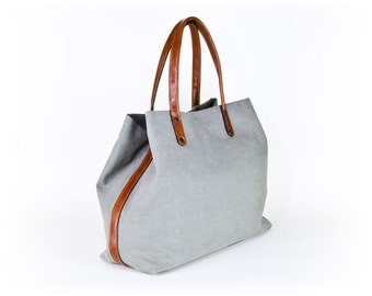 padbag TOTE for modern ladies - - LIGHTGRAY canvas and LIGHTBROWN leather