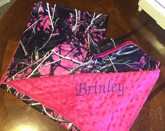 Muddy girl camo baby blanket! Free personalization!