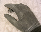 Kitten-soft Vintage Gray Ladies' Leather Driving Gloves Size Seven Small Med