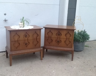 Vintage Nightstand End Table, Mid Century Modern Retro, 1960s End Table, 1960s Furniture