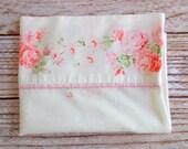 Vintage Pillowcase / Pink Rose Floral / Vintage Linens / Vintage Bedding
