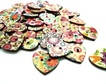 20 x Heart Shaped Wooden Buttons - Flower Printed Buttons - 25mm