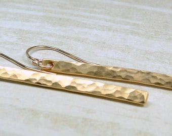 Slim Minimalist Gold Earrings, Sparkly Hammered Gold Earrings, Minimalist Everyday Gold Bar Earrings, Gold Stick Earrings
