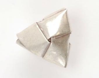 Thai Silver Woven Triangle Bead (A42)