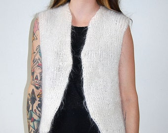 vintage white mohair fluffy vest / one size