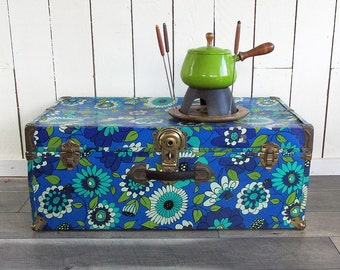 "Mod Flower Power Metal Sided Travel Trunk ""Ready for Your Retro Decor"""