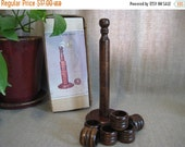 Happy 4th with 40% Off Set of 6 Vintage Wood Napkin Rings / Six Wooden Napkin Rings with Stand / Vintage Wooden Napkin Ring Tree