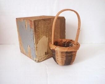 Vintage Miniature Cherokee Basket Honeysuckle Butternut Dye Native