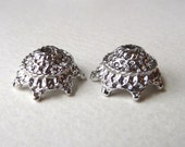 Vintage Ornate Bead Caps, Bead Crowns, Bead Cups  - 14x8mm - Strong Sturdy Vintage Silver Plated Silver Lacquered Castings - 6 pcs