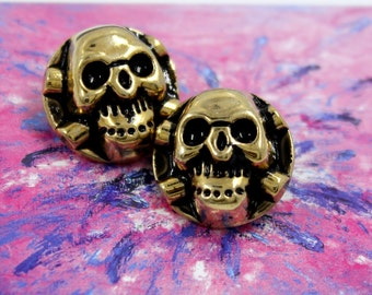 Cross and Skull Metal Shank Buttons in Retro Gold Color  - 0.67 mm - 6 pcs
