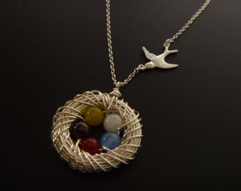 Birds Nest Necklace - Five 5 eggs in a Nest - Mom necklace - Family of Birds - Mother's Day Gift - Mother of the Bride - Mommy Necklace