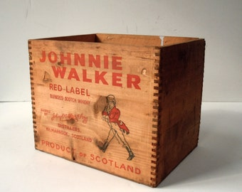 Vintage Printed Wood Crate / Johnnie Walker Red Label / Old Wood Liquor Crate / Storage Organization / Old Shipping Wood Crate / Rustic