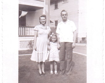 Vintage Photo - Family of Three - Vernacular, Found Photo, Antique (A)