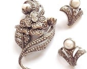 50% Kenneth Lane Faux Marcasite Pearl Brooch Set Avon