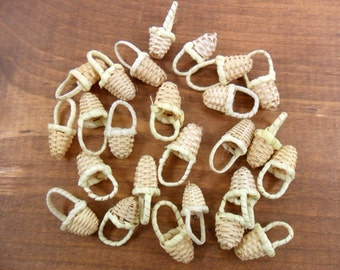 "40 Baskets Miniature Wicker 3/4"" H x 1/2"" W"