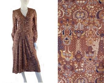 Beatrice di Borbone Silk Dress, Renaissance Print, Vintage 1980s, Size 44 Medium/Large