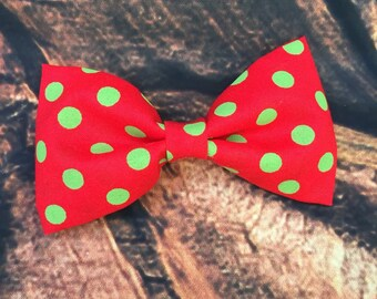 Red and green boys christmas bow tie, holiday bow tie, boys bow tie, red and green boys bow tie