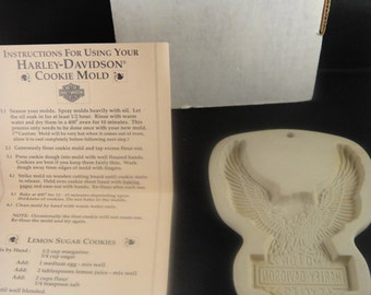 Harley Davidson Motorcyle Eagle Cookie Mold Stoneware with Box 1992