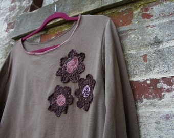 Plus size /Thoughtful Embrace Top/Shabby Chic/Eco/Rustic/Boho/Country living/Cottage Chic