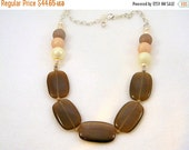 ON SALE Brown Necklace, Pearl Necklace, Chunky Pearl Necklace, Chunky Necklace