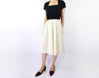 VINTAGE Black White Dress 1970s Knit
