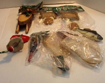 8 pc fishing themed Christmas tree ornament/wreath decor set