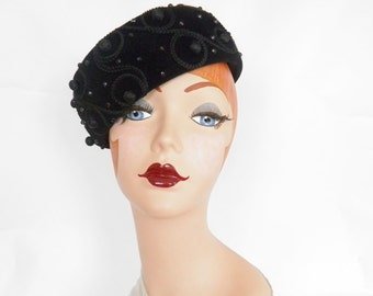 Vintage Schiaparelli hat, black tilt pillbox, Paris, Italy