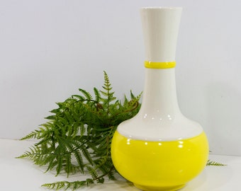 Vintage Royal Haeger Yellow and White Vase