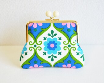 Vintage retro floral coin purse with white acrylic balls - blue, pink, white. German, folk,