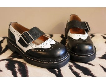 Tredair Wingtip Mary Janes Black & White Size 7