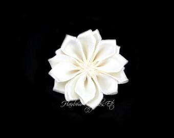 Ivory Dainty Star Flowers 1-1/2 inch - Ivory Fabric Flowers, Ivory Silk Flowers, Ivory Hair Flowers, Ivory Flowers for Hair, Ivory Flowers