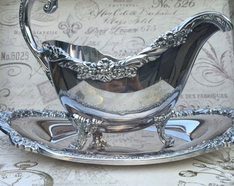 Roger Bros 1847 HERITAGE Gravy Boat with Underplate, serving Accessory, Silverplated Gravy Boat,  1953, serving Accessory