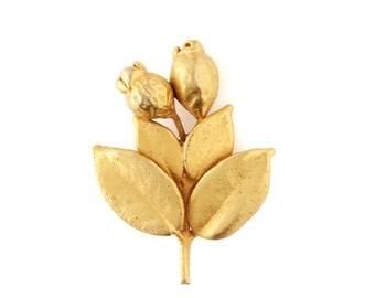 20% SALE NOW UNTIL 1/22/17 Gold vintage flower brooch, 60s jewelry, Gold brooch, Flower bouquet vintage brooch, Brooch pin back, Gold pins