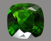 CHROME DIOPSIDE (24058) - 7mm Green Diopside - Faceted - Russia Mined