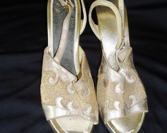 Metallic Gold Mesh Slingback Vintage 1960's Women's Slingback Pumps Shoes 5.5