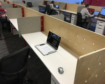 Modern Cubicle Desk System with felt dividers