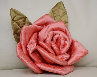 Flower Pillow Pink