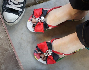 Olivia Paige - Sugar skull Rockabilly Pin up  bows  Flip flops  Shoes size 8 or 9