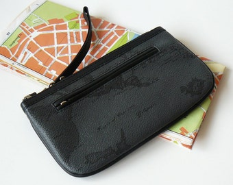 Authentic Alviero Martini 1A Classe Geo Map Black Clutch Wristlet Made in Italy