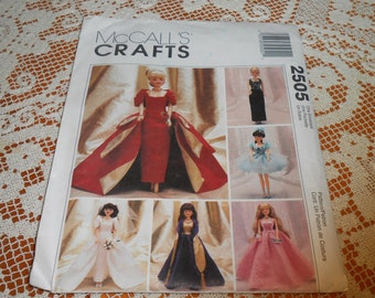 McCall's Pattern 2505 - Doll Clothes - Uncut