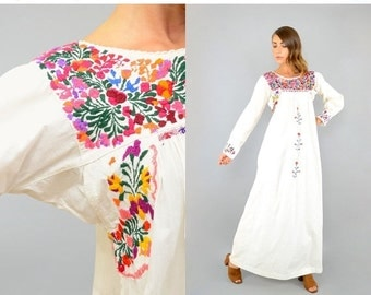 SUMMER SALE 70's Embroidered MEXICAN Dress