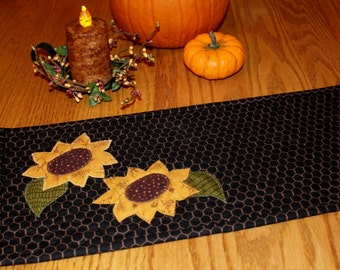 Quilted Table Topper, Country Decor, Primitive Decor, Farmhouse- MW