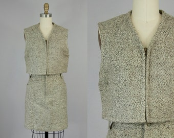 1990s Vintage Brown and Tan Textured Wool Cropped Vest (XS, S)