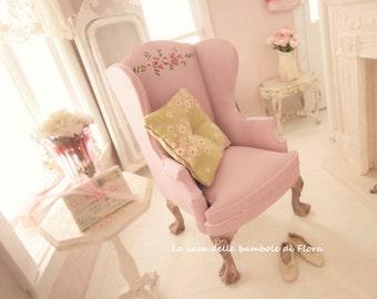 Soft light mauve cozy armchair- 1:12 dolls house dollhouse miniature