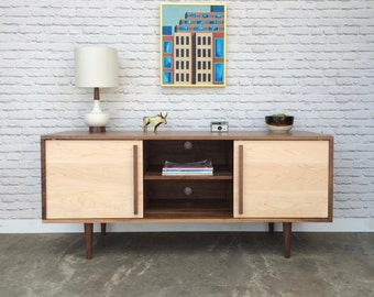 Kasse Credenza / TV Stand in Solid Walnut - Maple