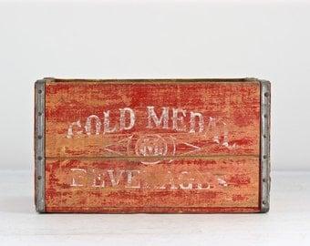Vintage Soda Crate, Gold Medal Beverages Minnesota Twin Cities, Red Soda Crate, Large Soda Crate, Wood Crate, Industrial Decor