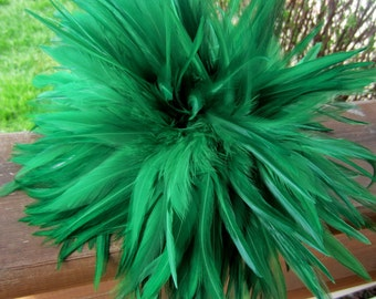 craft pack Green Feathers Saddle   6 inches plus craft feathers