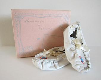 Vintage Infant Moccasins, White